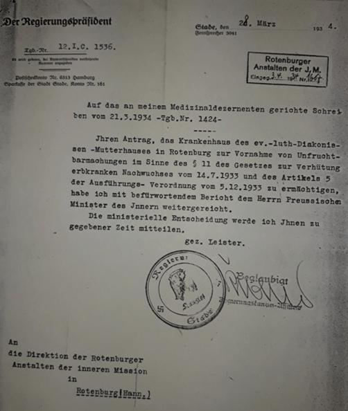 Der zuständige Regierungspräsident befürwortet das Gesuch Pastor Buhrfeinds, im Rotenburger Krankenhaus Sterilisationen nach dem neuen Gesetz durchführen zu können. (ARW VA 650)